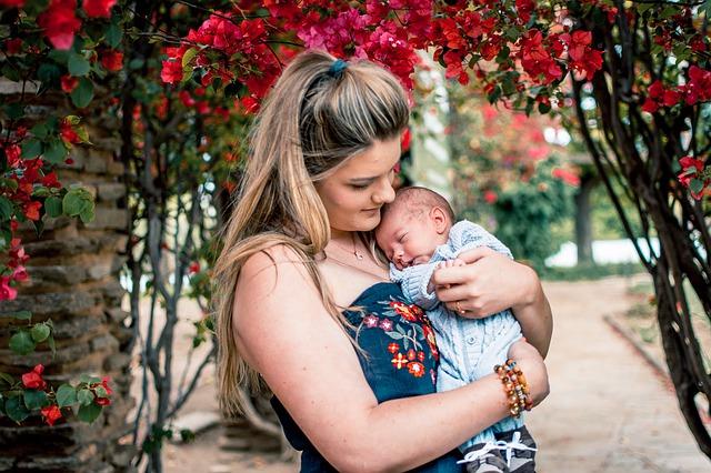 pregnancy breastfeeding newborn care during COVID-19
